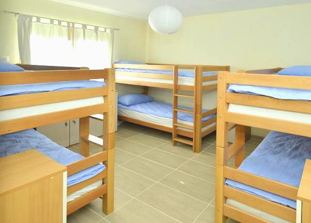 Dormitory Room (6 Beds)